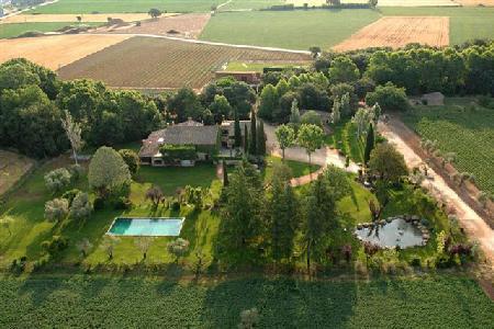 Mas Anglada Villa with tennis court, putting green, workout room and three staff - Image 1 - la Bisbal d'Emporda - rentals