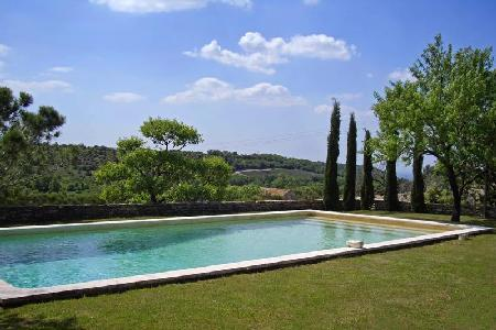 Traditional Countryside Home La Belle Paysanne with Private Pool, Alfresco Dining & Lovely Views - Image 1 - Luberon - rentals