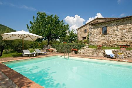 Delightful Villa Allegra is a nature reserve and farm with nearby golf - Image 1 - Perugia - rentals