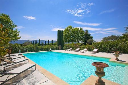 Historic Farmhouse La Belle Combe amid Vineyards with Terraces, Pool & Tennis Court - Image 1 - Luberon - rentals