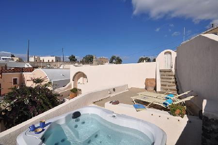 Villa Cyrene - Beautiful villa with hot tub, sunny courtyard & authentic vibe - Image 1 - Megalochori - rentals