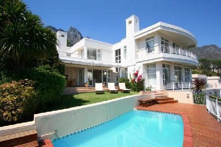 Ocean view Tree Villa- spacious multi-level with pool & short walk to the beach - Image 1 - Camps Bay - rentals