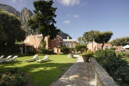 Waterfront Villa Le Camelia boasts superb views, private dock & full staff - Image 1 - Capri - rentals