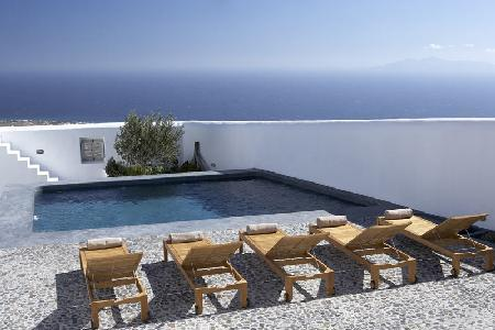 Katoy - Stunning villa with shared pool, classic Santorini design & complimentary services - Image 1 - Pyrgos - rentals