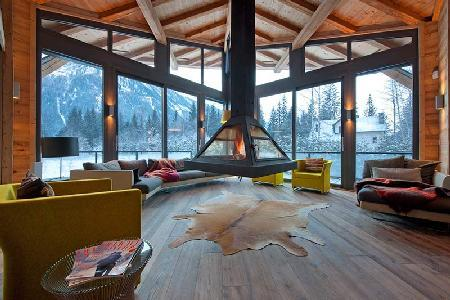 Chalet Cragganmore with sauna, massage room, gym, climbing wall and cinema room - Image 1 - Chamonix - rentals