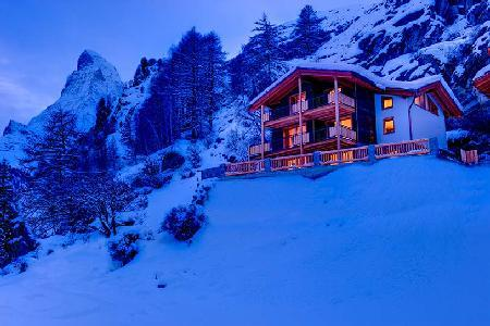Luxurious three story chalet only 200 m from the Matterhorn Express base lift station - Image 1 - Zermatt - rentals