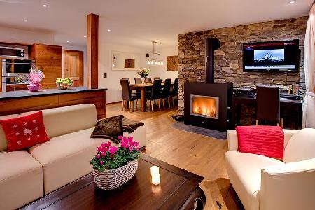 Close to ski lifts, hot tub, mountain views, private chefs - luxury chalet Pollux has it all! - Image 1 - Pointe Milou - rentals