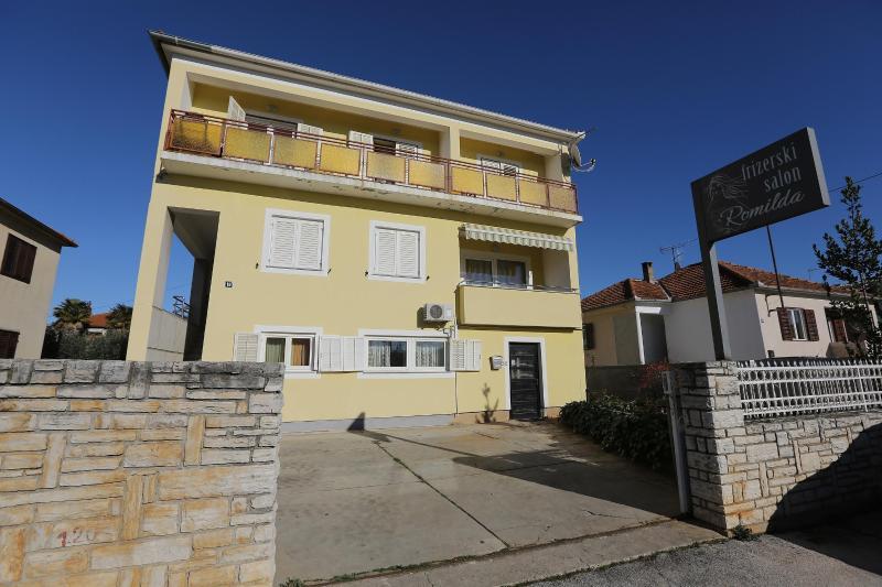 Apartment Mira - Image 1 - Zadar - rentals