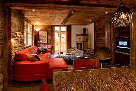 Self-catered chalet apartment Heidi with cozy décor, fireplace & mountain views close to ski lifts - Image 1 - Zermatt - rentals