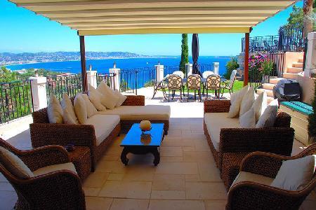 Exquisite Ocean View at Villa La Sariette in Theoule sur Mer - 5 Minutes to Golf - Image 1 - Théoule sur Mer - rentals