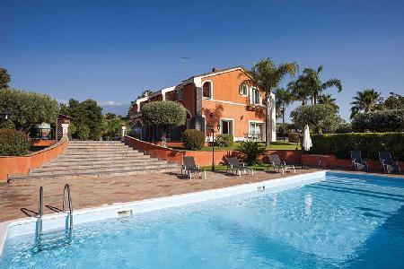 Villa Eden - Luxurious Catania villa with pool, sea views & spacious living area - Image 1 - Catania - rentals