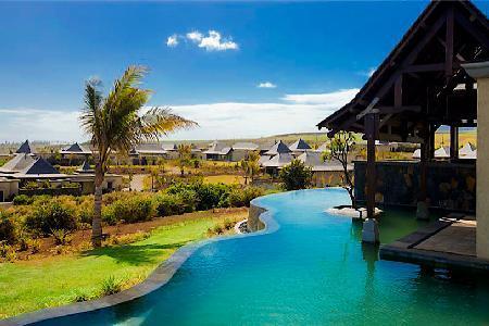 Captivating ocean view Thalie 7- near beach with zen infinity pool & golf cart - Image 1 - Bel Ombre - rentals