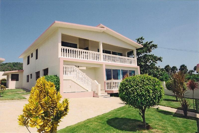 Front of Villa - Villa Costa Verde, Playa Cofresi - Puerto Plata - rentals