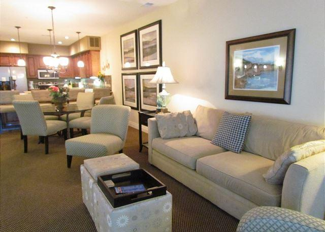Living Room - Payne Stewart-Luxurious, 3 Bedroom, 3 Bath Condo located at Branson Hills - Branson - rentals