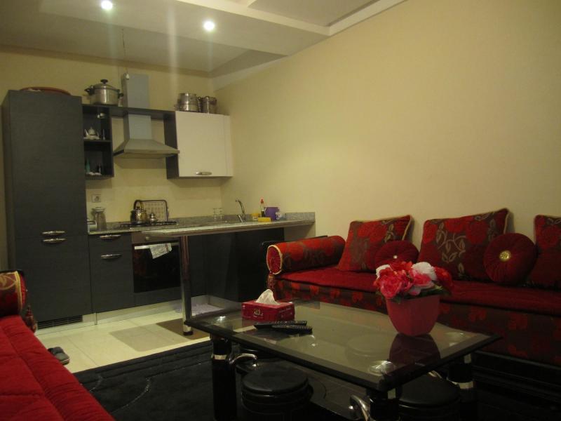 Friendly Apartment Ref: 1012 - Image 1 - Agadir - rentals