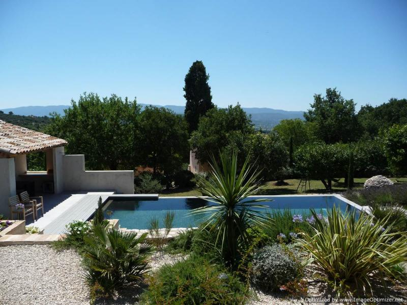 "Les Cerisiers, The view from your terrace - Fabulous 1 Bedroom Cottage with a ""Zen"" Pool, View of Luberon, WiFi - Saint-Saturnin-les-Apt - rentals"
