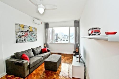 Living Room with partial Ocean view - Rua Barao da Torre 19 Ipanema fantastic view!!! 3Bdr  2Bath Ap. in the best are of Rio. - Rio de Janeiro - rentals