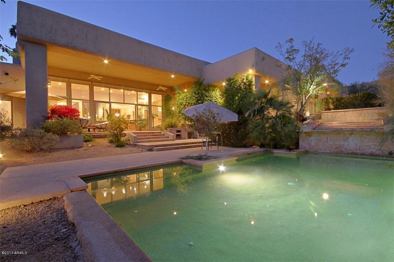 luxury villa with huge pool - Elegant, Exclusive,Contemporary villa in paradise - Paradise Valley - rentals