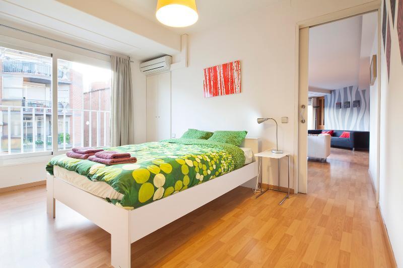 Bedroom - Gaudi Sun 5 Pax - Barcelona - rentals