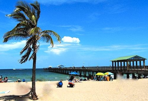 1BR Lbs Villa newly remodeled by Ocean,Beach,pool - Image 1 - Lauderdale by the Sea - rentals