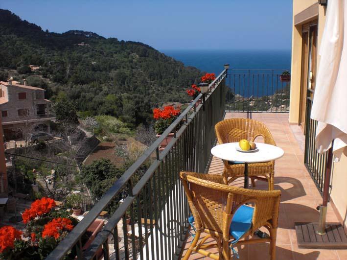Apartamento montaña vistas al mar - Image 1 - Estellencs - rentals