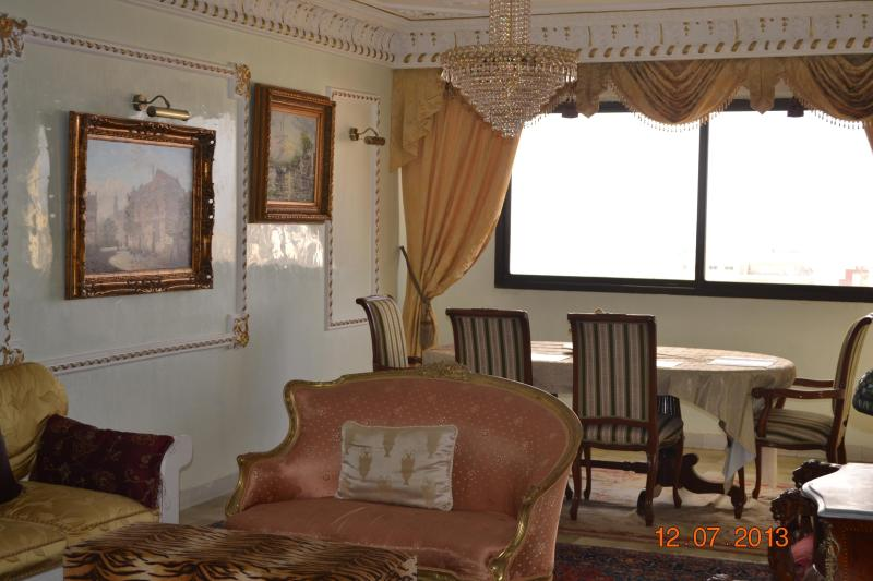 nice quiet dining room - Luxury apt in Casablanca., belvedere - Casablanca - rentals