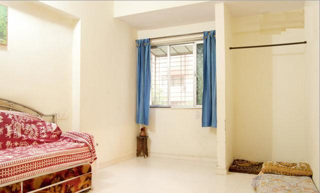 Front room window - Explore Globe Mumbai, 1room kitchen condo homestay - Mumbai (Bombay) - rentals