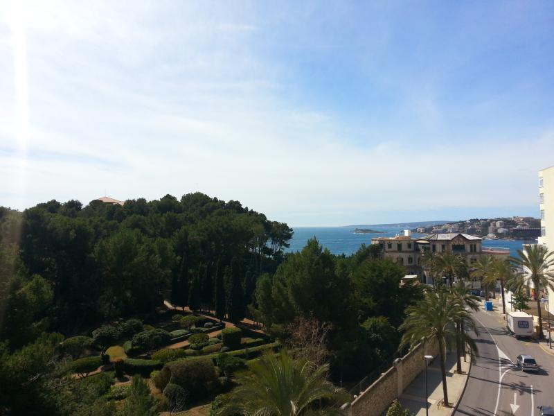 View from the balcony and sitting room - Marisol seaview apartment - Palma de Mallorca - rentals