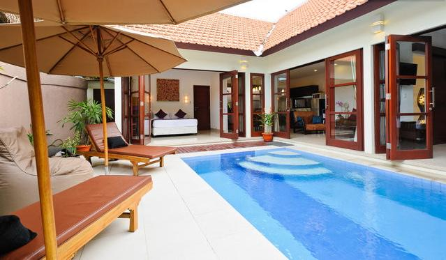 WELCOME TO VILLA JEPUN, 2 BEDROOM BEACHSIDE VILLA - VILLA JEPUN. LUXURY 2 BDRM POOL 100 MTRS TO BEACH - Sanur - rentals