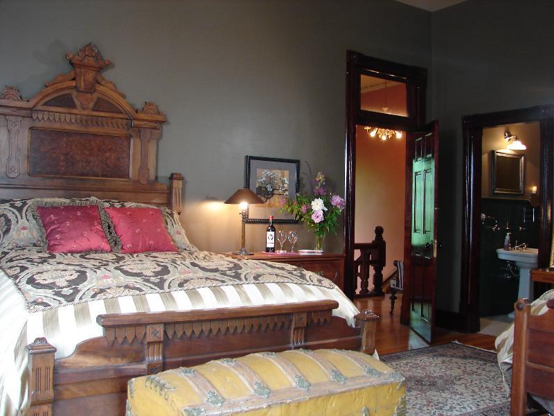 Ferdinand's Room - 1885 Victorian Mansion - Saint Joseph - rentals