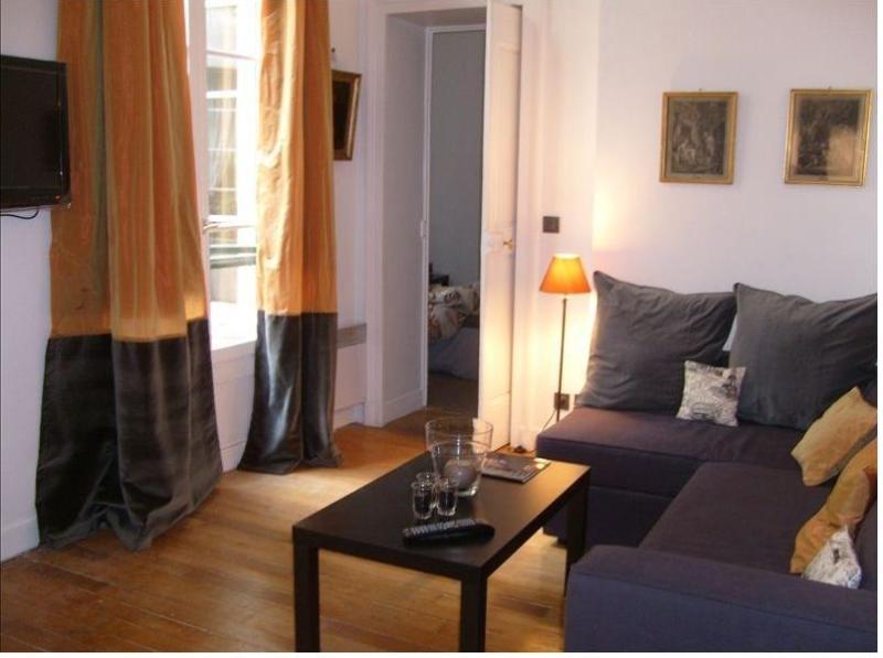 living room - St Germain/ Louvre / Musee d'Orsay - Paris - rentals