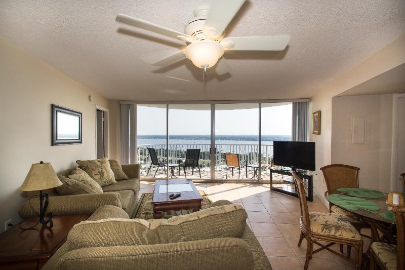 Living area with gorgeous SW view - April/May $pecials - Peck Plaza #23SW - Ocean View - Daytona Beach - rentals
