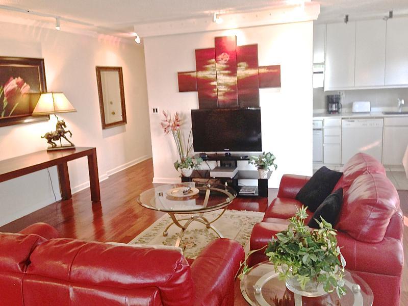Contemporary Designer Unit, In Downtown Atlanta. - Image 1 - Atlanta - rentals