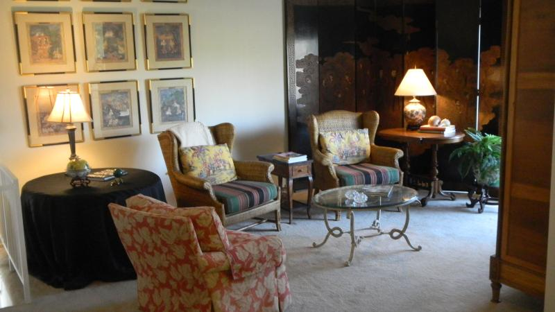 Nicely furnished condo! Tennis-Pool-Hot Tub - Image 1 - Palm Springs - rentals