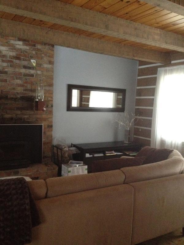 Living Room - Magical little cottage in Sainte-Adele, Quebec - Quebec - rentals