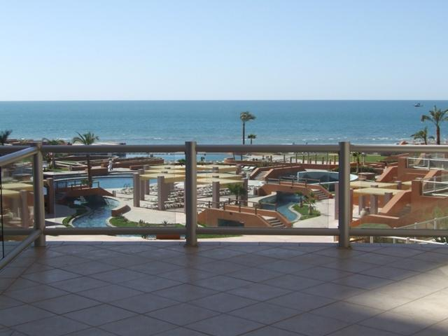 Las Palomas Beautiful & Elegant 2nd fl w/ext Patio - Image 1 - Puerto Penasco - rentals