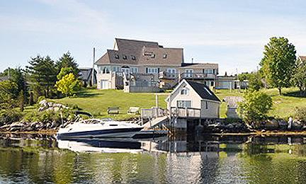 #18 Captains Watch Oceanfront Retreat, McGraths Cove NS - Image 1 - Halifax - rentals