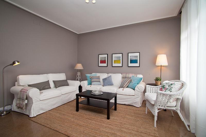 Spacious Living room - Cute Eixample HUTB-005692 - Barcelona - rentals