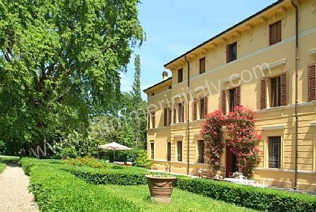 Villa Maestosa - Image 1 - Sermide - rentals