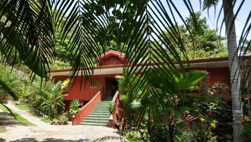 Casa Cascadas / 3 Bedroom Condo - Image 1 - Puntarenas - rentals