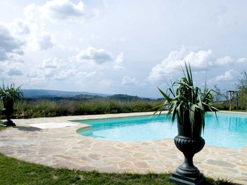 Villa Olivo - Mahonia - Image 1 - Lucardo - rentals