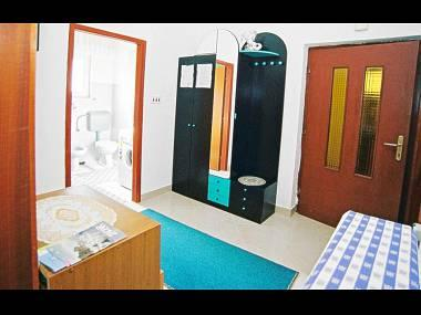 A2(4+1): hallway - 7303  A2(4+1) - Zadar - Zadar - rentals