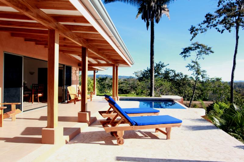 Relax on the front patio - Tranquil ocean view, constant breeze, eco friendly - Montezuma - rentals
