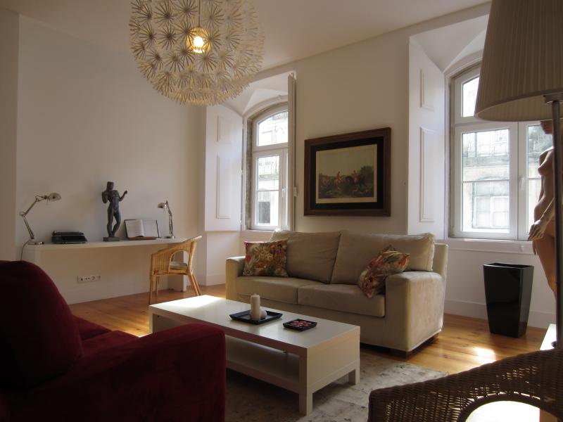 Diva7 -Beautiful apartment in the center of Lisbon - Image 1 - Lisbon - rentals