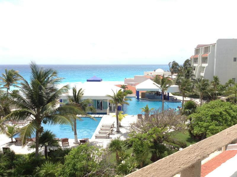 View from the terrace - OCEAN View-FREE Internet-Cancun Beachfront Resort - Woodston - rentals