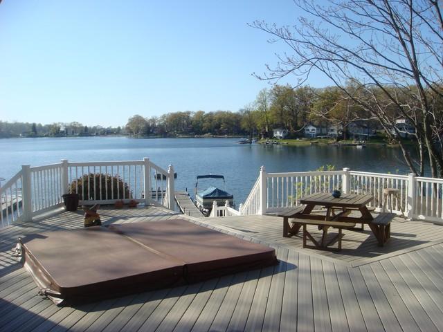 Deck area - Lake House Living - Benton Harbor - rentals