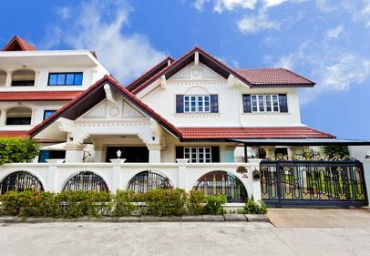 villa 5 bedrooms - shared pool - Villa 5 Bedroom Shared Pool-5min Walk to Center - Patong - rentals