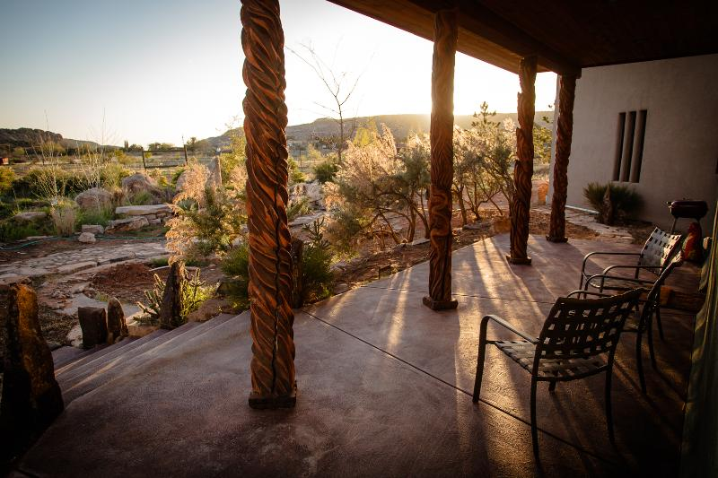Front Porch - Looking West - Convenient to 4-corners attractions and Mesa Verde While Bordering Canyons of the Ancients Monument. - Cortez - rentals