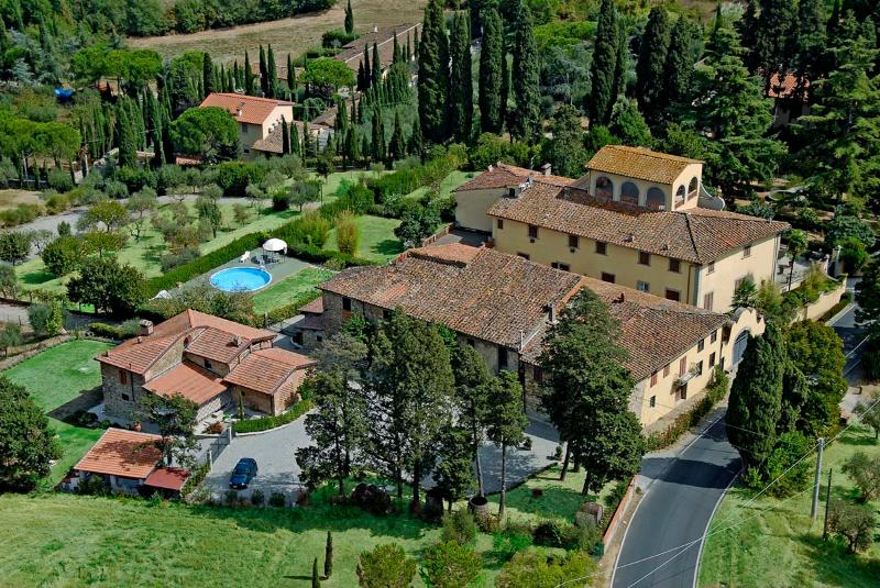 B&B Villa Le Farnete - Ludovico bedroom - Image 1 - Carmignano - rentals