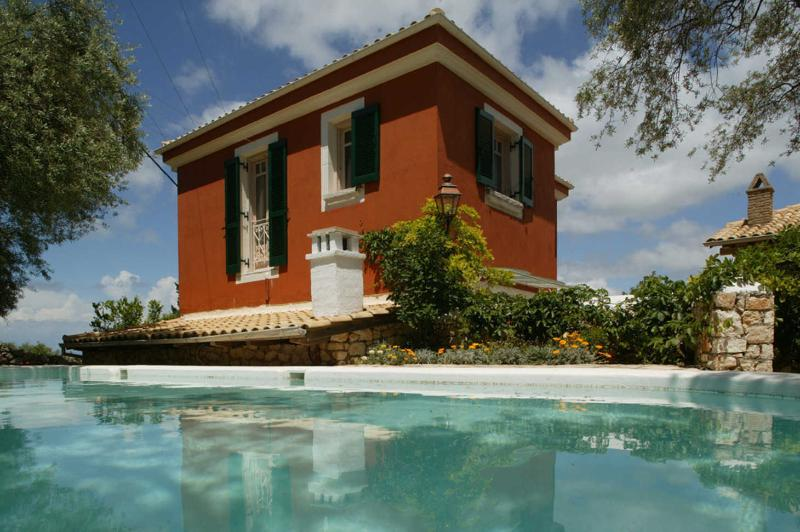 Spacious modern villa with swimming pool - Image 1 - Lygia - rentals